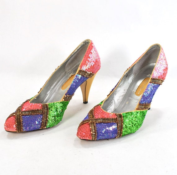 RESERVEDCandy Maker Couture: Foot Confections for Spring .sequined bright colors .eyegrabbingly sassy pumps  -womens size 7.5 or 8-