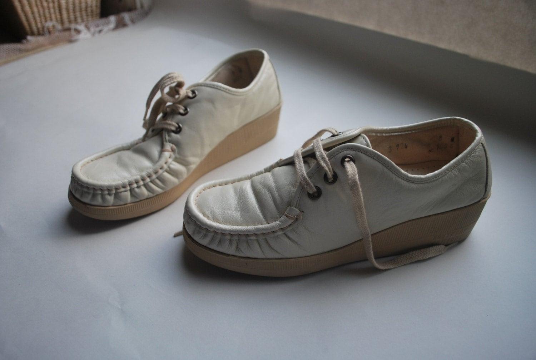 Orthopedic Tennis Shoes