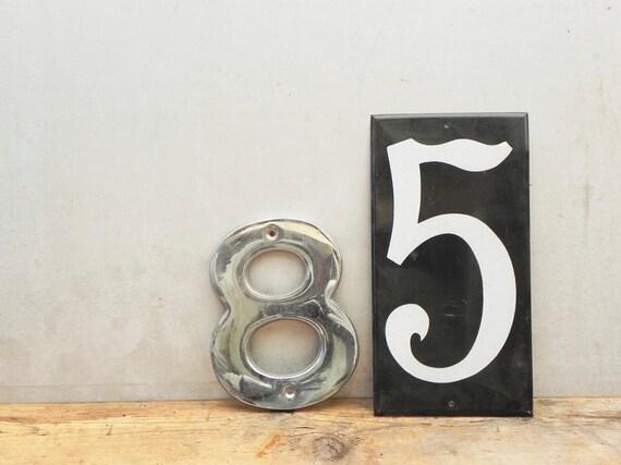 2 vintage metal numbers 8 and 5