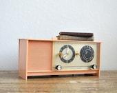 Vintage // Working // Sears Silvertone Pink Clock Radio