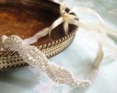 Eye of the Beholder Rhinestone Trim Bridal Headband