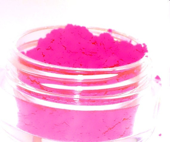 SHOCKING Neon Pink Mineral Makeup