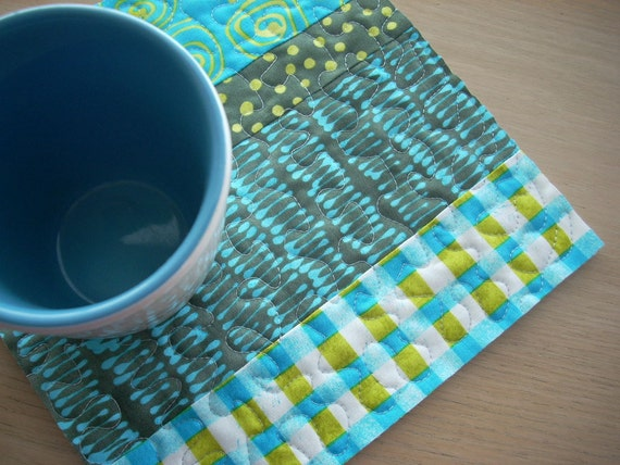 A Stitch in Color snack mat - FREE SHIPPING