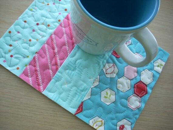 sew stitchy in blue mug rug - FREE SHIPPING