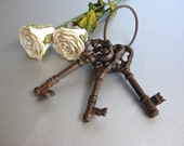 Vintage Skeleton Keys, Old Keys, Brown Keys, Rustic Keys, Shabby and Chic, Cottage Chic, Farmhouse, Paperweight, Gift
