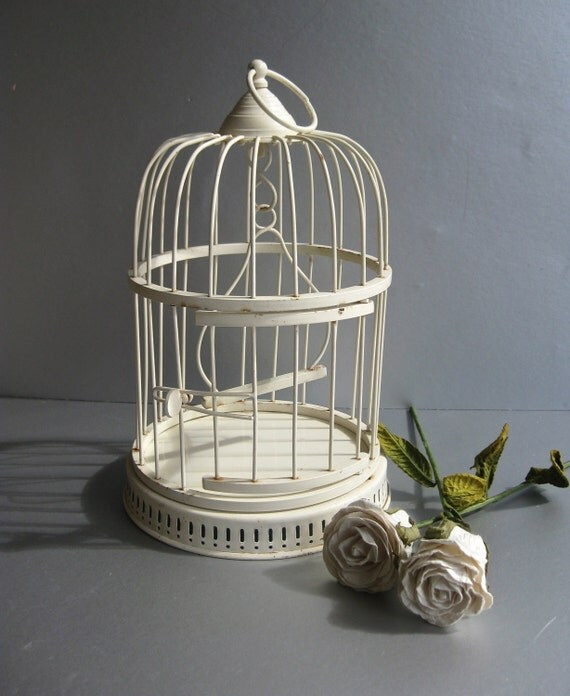 Vintage White Birdcage, Old Birdcage, Ivory, Shabby and Chic, Cottage Chic, Rustic Farmhouse, French Country Decor