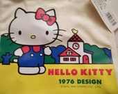Vintage Deadstock Hello Kitty Purse 1976 design