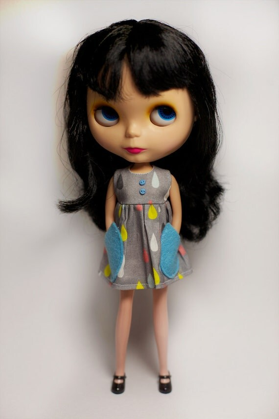 Blythe Dress - Raindrops with cute felt pockets