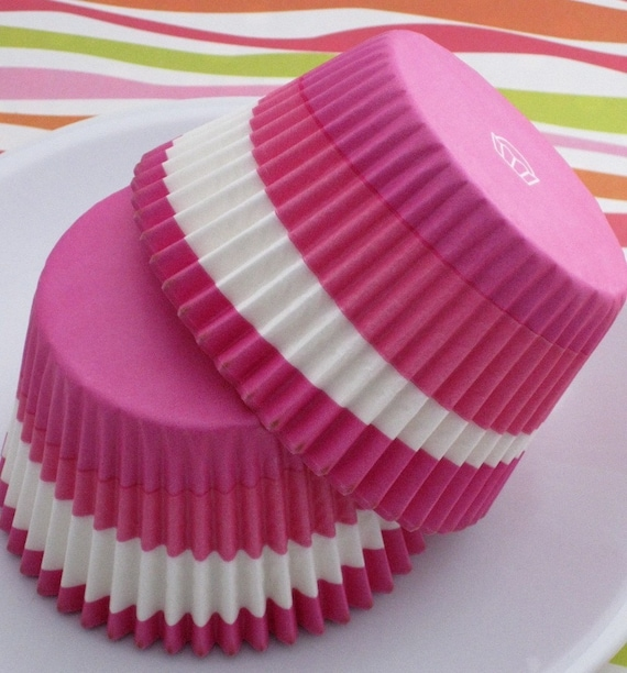 Cupcake And Muffin Liners In Jumbo Size In Pink Swirl Texas