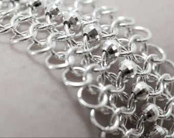 Red Carpet - Sterling silver mesh bracelet with faceted sterling silver beads