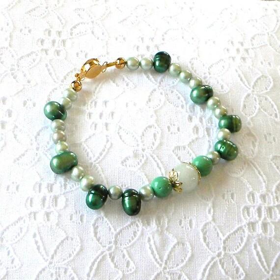 Beaded Bracelet, Green Beaded Bracelet, Pearl Beaded Bracelet, Fashion Bracelet,  Women's Bracelet, Women's Jewelry