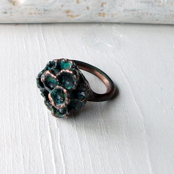 Honeycomb Copper Ring Wasp Bee Nest Organic Natural Fragment Urban Modern Handmade
