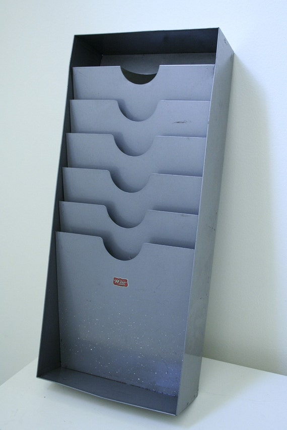 Kleiderstander Weis Metall ~ Vintage industrial weis metal wall file holder by