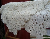 Beautiful  Vintage Hand Crocheted Tablecloth