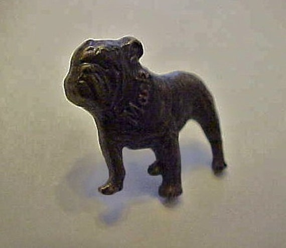 Vintage Mack truck Bulldog Tie Tack lapel Pin Advertising