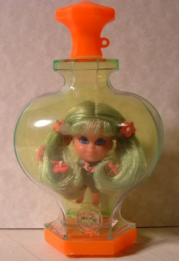Free Shipping Liddle Kiddles Kologne Perfume Kiddle APPLE BLOSSOM Doll - Original outfit Uncut hair - 43 Year Old
