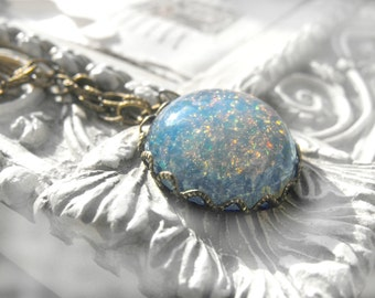 Cold as Ice Fire Opal Crystal Vintage Cabochon Jewelry Pendant Necklace, Fancy Antique Brass Chain