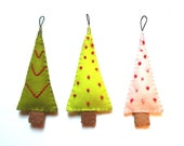 Christmas Tree Ornaments / Multi-Colored Woodland Gift Set