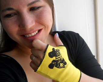 Short Fingerless gloves, Roller Skate fingerless glove hand warmers in black and yellow or custom colors