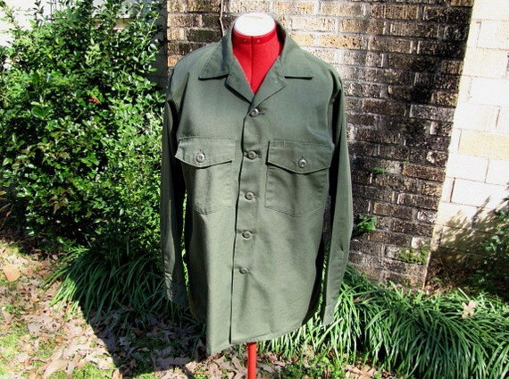 "Vintage Army Fatigue Shirt Size 16 1/2"" x 34"