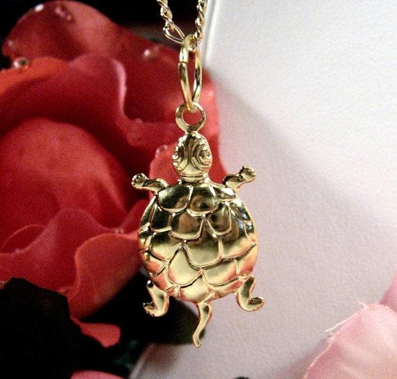 Turtle Charm - 24x13mm - Gold Plated Brass (4pcs) : sku 01.30.11.7 - (F23)
