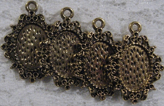 14x10mm Antique Gold Setting - Filigree - 4pcs : sku 08.28.11.2 - (G25)