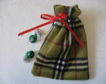 Green Plaid Fleece Gift Bags