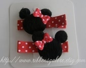 FREE SHIPPING MTM RED Mickey and Minnie Infant Toddler Girl Hair Clips Clippys Clippies with Mouse Head Applique Embellishment FREE NO SLIP GRIPS
