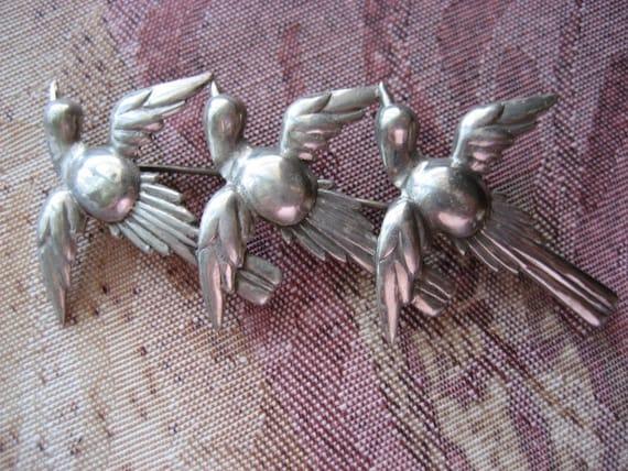 Antique Vintage Sterling Silver Flight of the Bird Pin Brooch