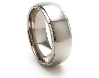 New 8mm USA Made, Titanium Ring: 8HRRC-B