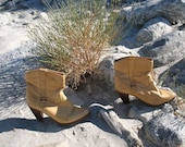 Vintage 1970's-80's Tan Leather Ankle Boots