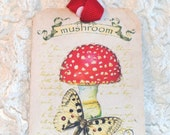 Red Mushroom Tags -  Set Of 6 -  Woodland Tags - Forest Tags - Fungi Tags - Polka Dot Tags - Nature tags - Gnome Home