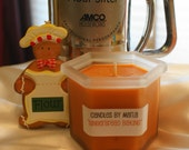 CLEARANCE - GINGERBREAD BAKING - all natural SOY wax candle in 8oz frosted hexagon jar (Holiday Scent)