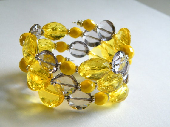 RESERVED LISTING for Diane, Yellow and Gray Bracelet, Memory Wire Bracelet, Bridesmaid Bracelet, ACRYLIC Beads, Yellow and Gray Wedding