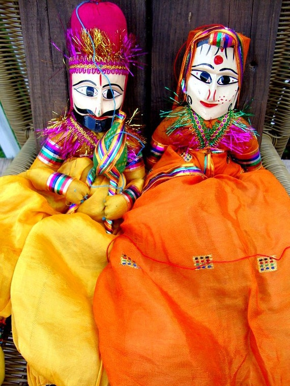 Vintage 70s Indian Story Telling Dancing Puppets
