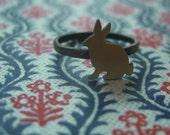 sitting bunny ring