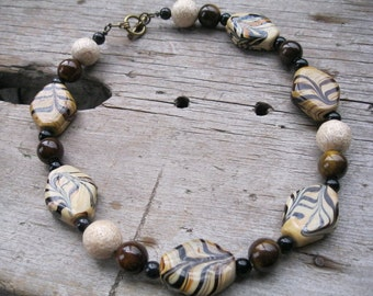 Coffee and Cream Marbled Bead Chunky Necklace