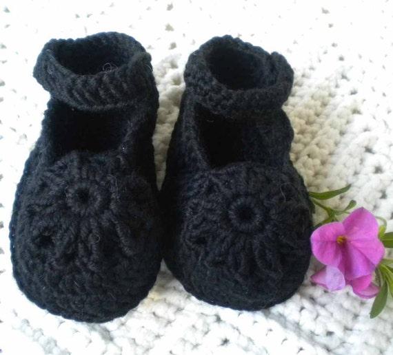 Crochet MaryJanes w Flower Motif Merino Wool Infant 6 9 mo
