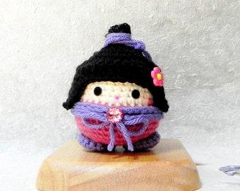 Pinku - Crochet Amigurumi kokeshi doll pattern / PDF