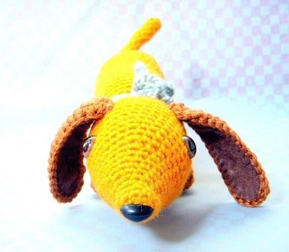 Sausage Dog Knitting Pattern : Little Hot Dog / Dachshund / Wiener dog / Sausage dog - Crochet Amigurumi pat...