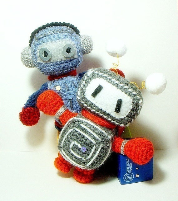 Crochet amigurumi pattern - Retro Robots - 2 amigurumi toy doll patterns / PDF