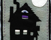 Creepies and haunters Halloween Garland, bone, ghost, spirit, spook, skeleton, haunted house, terror, eerie, fright, fear, full moon, BOO