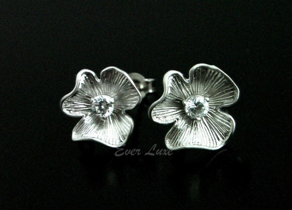 1 pair/ 2 pcs- (1169-MR) Matte Rhodium plated flower CZ with sterling silver posts