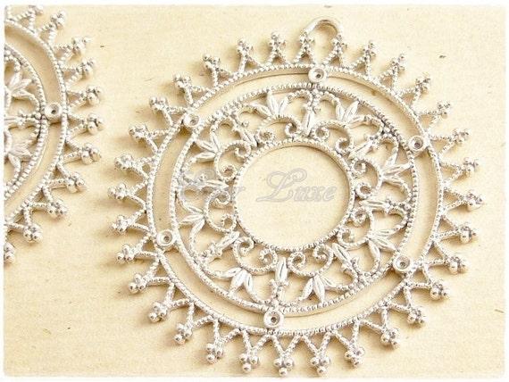 1219-MR (2 pcs) Matte rhodium plated spiked wheel pendants