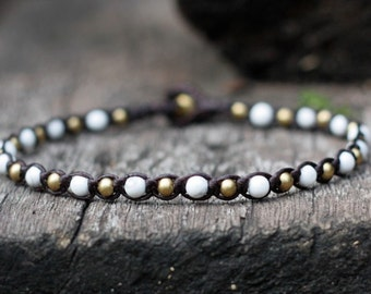 One Line Howlite Brass Anklet
