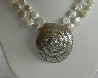 Gorgeous double strand coin pearl Necklace w/ shell pendant