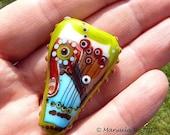 The Green Heart  - Handmade Lampwork Glass Bead