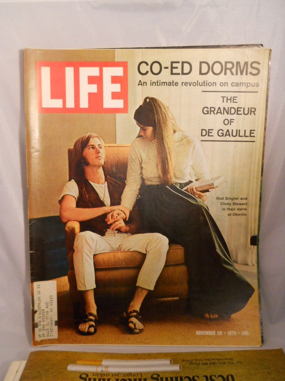 Life Magazine November 20, 1970 Oberlin University Co-Ed Dorms Photographs, Ads