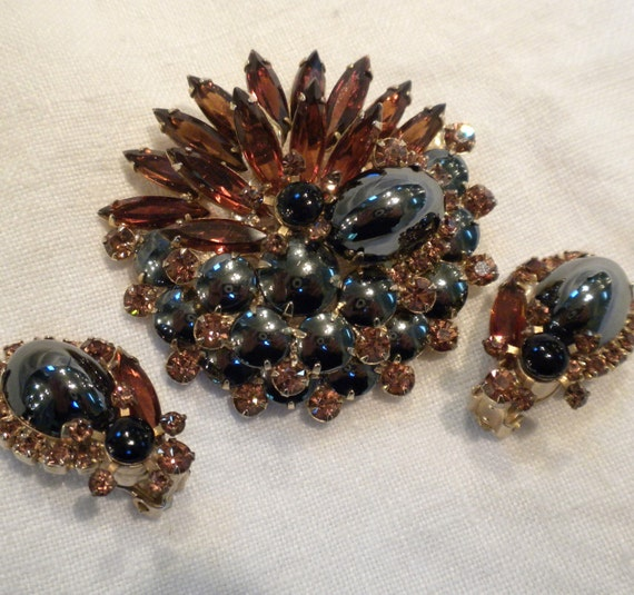 Vintage Brooch Earrings Juliana Dark Topaz and Hematite by DeLizza and Elster