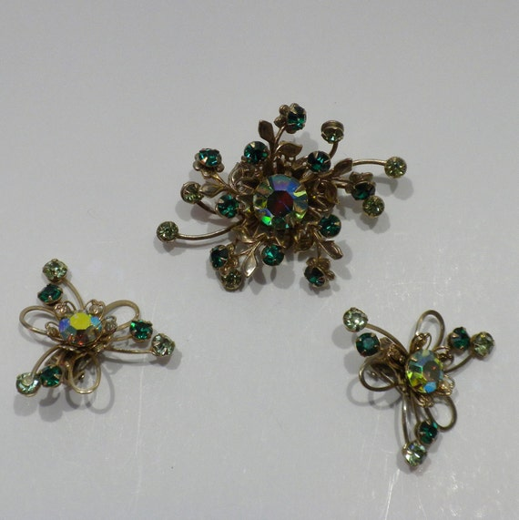 Atomic Brooch Earrings Green Rhinestones Aurora Borealis